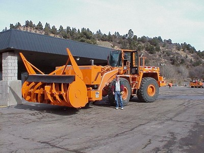 Blower (loader-mounted)